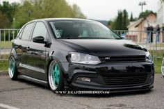 Polo in schwarzzzzzz Volkswagen Polo, Cars And Motorcycles, Racing, Trucks, Vehicles, Google Search, Awesome, Autos, Running