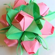 Origami Rosebud Petal and Calyx: this video origami tutorial is super popular right now!