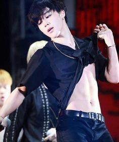 Image de bts, jimin, and park jimin Namjoon, Taehyung, Bts Jimin, Bts Bangtan Boy, Jimin Hot, Jhope, Park Ji Min, Jikook, K Pop
