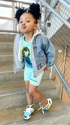 Black Kids Fashion, Toddler Boy Fashion, Little Girl Fashion, Toddler Girl Outfits, Kids Outfits, Black Baby Girls, Cute Baby Girl, Cute Kids Pics, Cute Little Girls Outfits