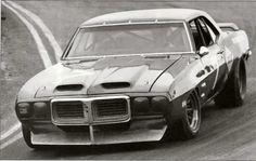 Craig Fisher - Pontiac Firebird - McConnell Racing - Laguna Seca Trans-Am Championship For Sedans - Trans-Am Laguna Seca - 1970 SCCA Trans-American Championship, round 1 Sports Car Racing, Drag Racing, Sport Cars, Auto Racing, Le Mans, Trans Am Parts, Pontiac Firebird Trans Am, 1969 Firebird, Road Race Car