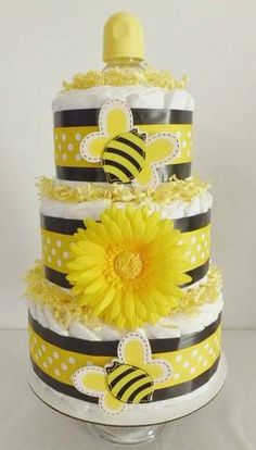 Yellow Bumble Bee 3 Layer Diaper Cake - Baby Shower Gift/Centerpiece - Adorable!   $45.00 Baby Shower Desserts, Boy Baby Shower Themes, Unique Baby Shower, Baby Shower Fall, Baby Shower Cakes, Baby Boy Shower, Baby Shower Gifts, Unique Diaper Cakes, Babyshower