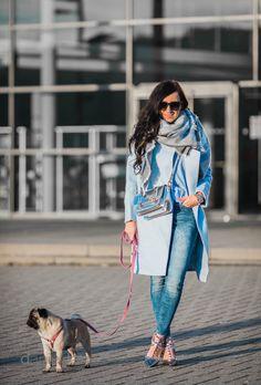 Outfit blauer Wollmantel und silberne Details || Winteroutfit || Julies Dresscode || #ootd #fashion #fashionblogger