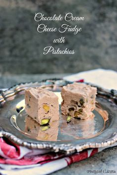 Chocolate Cream Cheese Fudge with Pistachios | This recipe is so easy to make. It's made with cream cheese and done in the microwave. Add some chopped pistachios for some added crunch!