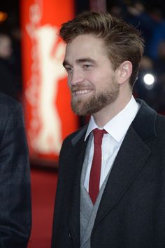 Pin for Later: 34 Fois Où le Sourire de Robert Pattinson Nous a Fait Chavirer Robert Pattinson