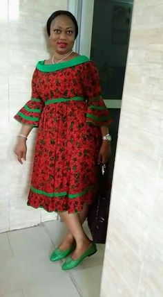 Are you a fashion designer looking for professional tailors to work with? Gazzy Consults is here to fill that void and save you the stress. We deliver both local and foreign tailors across Nigeria. Call or whatsapp 08144088142 Short African Dresses, African Print Dresses, African Lace, African Print Fashion, Africa Fashion, African Fashion Dresses, African Women, African Fabric, Shweshwe Dresses
