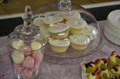 Na dorty a cukroví - Svatební salon CAXA.cz - Největší svatební centrum na Moravě Desserts, Food, Tailgate Desserts, Deserts, Eten, Postres, Dessert, Meals, Plated Desserts