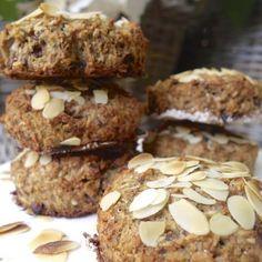 Scones vrij van tarwe en gist  - Amber Albarda Sugar Free Recipes, Clean Recipes, Healthy Recipes, Healthy Treats, Healthy Baking, Healthy Food, Fun Cooking, What To Cook, Tasty