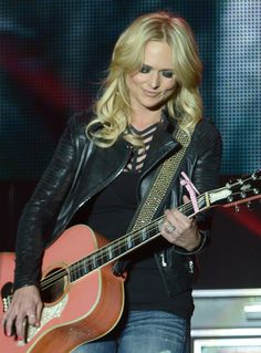 Miranda Lambert Photos Photos - Singer/Songwriter Miranda Lambert Headlines Country Thunder USA In Florence, Arizona - Day 3 on April 12, 2014 in Florence, Arizona. - Country Thunder USA In Florence, Arizona - Day 3