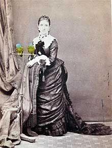 c1878 - Woman with parrots