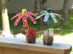 Water Bottle Flowers | Crafts by Amanda