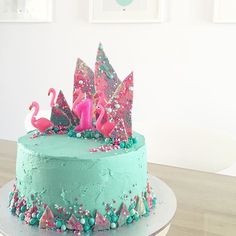 I made this! Crazy Flamingo Birthday Cake inspired by (but not even close to the…