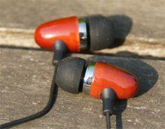 Wooden earplugs / in-ear headphone cherry