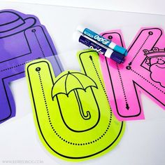 These hands on alphabet activities for preschool and kindergarten are sure to engage your little learners. As students practice building letters, writing letters, and interacting with letters, they're sure to master letter formation! Preschool Writing, Preschool Letters, Learning Letters, Preschool Lessons, Kindergarten Classroom, Kids Learning, Writing Letters, Learning Spanish, Phonics For Preschool