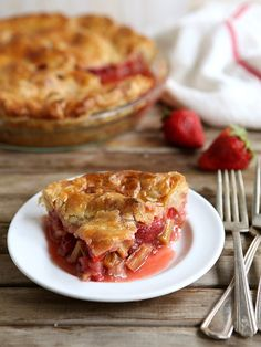 Strawberry Rhubarb Pie from completelydelicious.com by Completely Delicious, via Flickr