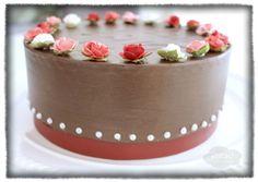 Chocolate cake gift box. DIY.  Gluten free egg free sugar free chocolate cake :)