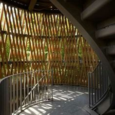 Amazing Timber Cladding Ideas to Spike up Your Building Design Wood Arch, Barn Wood Crafts, Timber Structure, Timber Cladding, Cladding Ideas, Wood Tile Floors, Small Buildings, Construction, Outdoor Landscaping