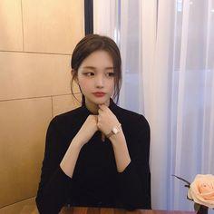 Korean Fashion – How to Dress up Korean Style – Designer Fashion Tips Pretty Korean Girls, Korean Beauty Girls, Asian Beauty, Ulzzang Hair, Ulzzang Korean Girl, Ulzzang Fashion, Korean Fashion, Ideal Girl, Girl Korea
