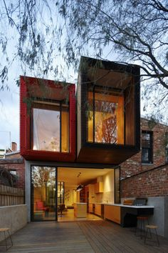 Contemporary Home in Melbourne with a Conserved Japanese Maple Tree by Andrew Maynardan 650x975 Contemporary Home in Melbourne with a Conser...