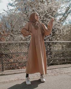 Islamic Fashion, Muslim Fashion, Modest Fashion, Fashion Outfits, Fashion Muslimah, Hijab Casual, Mode Turban, Mode Abaya, Modele Hijab