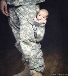 army issue baby carrier.. that's just cool!