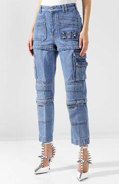 Женские голубые укороченные джинсы с накладными карманами Balenciaga, сезон  SS 2018, арт. 517963 52af47b8289