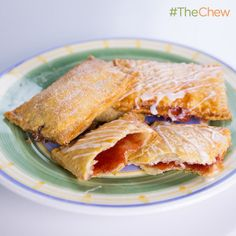 The chew, Michael Symon's Toaster Tarts ( home-made pop tarts )! The Chew Recipes, Tart Recipes, Brunch Recipes, Breakfast Recipes, Cooking Recipes, Brunch Appetizers, Brunch Drinks, Brunch Buffet, Brunch Food