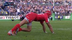 Springbok Cheslin Kolbe getting the English Commentators excited! Toulouse France, Rugby, Bath, Running, Youtube, People, Bathing, Keep Running, Why I Run