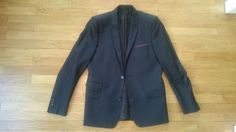 Je viens de mettre en vente cet article  : Veste de costume The Kooples 60,00 €…