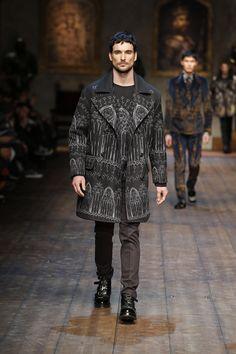 Dolce & Gabbana Men Fashion Show Gallery – Fall Winter 2014 2015 Collection
