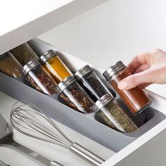 The Overlapping Design Results In A Compact, Easy Access To All Spices Rack. , Fits Most Spice Jarsholds Up To 8 Spice Jarsnon-slip Base Prevents Unit From Sliding Around When Opening And Closing Drawersuitable For Drawers With A Minimum Height Of X X Spice Drawer, Spice Storage, Spice Organization, Oil Storage, Cupboard Storage, Organizing, Spice Rack Glass, Glass Spice Jars, Spice Rack Design