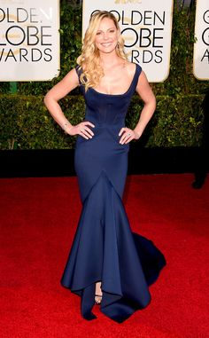Katherine Heigl flaunts her curves in Zac Posen!