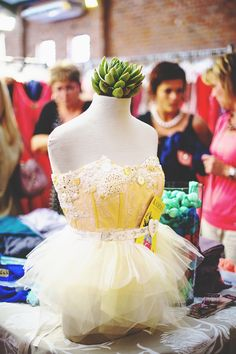 Photo Competition, Flower Girl Dresses, Spaces, Reading, Wedding Dresses, Pretty, Projects, Blog, Photography