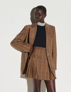 Checked shorts with pleats Sandro Paris, Punk Outfits, Cute Casual Outfits, Plaid Outfits, Party Outfits, Blazers For Women, Jackets For Women, Boutique, Pinterest Instagram