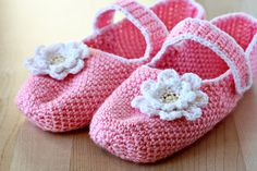 Tutorial on how to make crocheted slippers