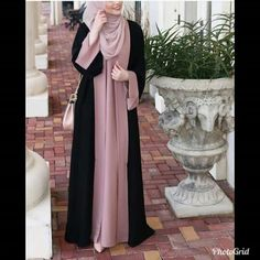 Salmah abaya by zhafran – berbahan crep premium – seleting samping – panjang dre… Abaya Mode, Mode Hijab, Abaya Designs, Muslim Women Fashion, Islamic Fashion, Abaya Fashion, Fashion Outfits, Hijab Stile, Hijab Style Dress