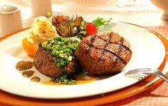 https://flic.kr/p/BLcC6T | Biefstuk | Biefstuk bakken moeilijk? Met onze handige tips zet u in een handomdraai een perfect gebakken biefstuk op tafel. | www.popo-shoes.nl