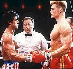 Rocky va a empezar a pelear contra un ruso