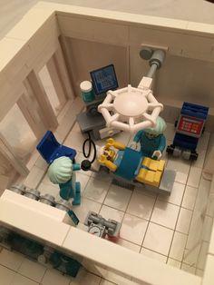 LEGO Ideas - Bell Clinic Lego Design, Lego Hospital, Lego Craft, Lego For Kids, Lego Modular, Lego Construction, Character Modeling, Lego Building, Legoland