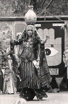 Pots Dancers, Anat Dance, Beautiful, Dancers Salwah, Tribal Bellydance, Anat Bal, Bal Anat, Bellydance Mothers, Belly Dancers