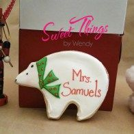 Personalized polar bear -sweetthingsbywendy.ca Edible Favors, Party Favours, Joy To The World, Polar Bear, Cookies, Tableware, Sweet, Crack Crackers, Candy