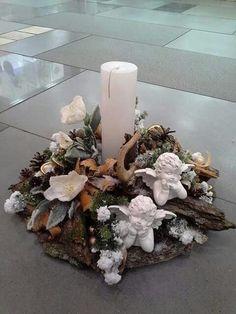 Christmas Candles, Christmas Centerpieces, Christmas Balls, Xmas Decorations, Winter Christmas, Christmas Home, Flower Decorations, Christmas Wreaths, Christmas Ornaments