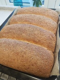 Selvgjort er velgjort Baking Tips, Bread Baking, Baking Recipes, Cinnabon Cinnamon Rolls, Norwegian Food, Our Daily Bread, No Bake Treats, Bread Rolls, Foods To Eat