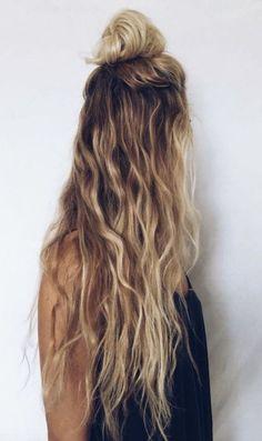 coiffure facile cheveux long demi chignon haut idée pratique pour chaque jour #coiffure #hairstyle