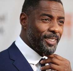 Everyone knows Idris Elba would make a great James Bond, now one of the film's producers thinks so as well. Idris Elba, James Bond, Roger Moore, Blake Shelton, Dwayne Johnson, Gwen Stefani, My Black Is Beautiful, Gorgeous Men, People Magazine