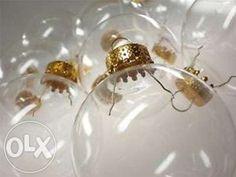3,80 lei: Vand globuri din sticla, transparente, cu diametrul de 8 cm si 10 cm. Ideale pentru a fi decorate. Pretul este de 3 lei pentru cele cu diametrul de 8 cm si 3,8 lei/buc pentru cele cu diametrul de 10...