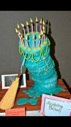 I want this as my 30th birthday cake!!