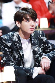 Kookie /// BTS /// look at his eyes (*o*) xx Jimin, Kookie Bts, Bts Bangtan Boy, Busan, Jung Kook, Foto Bts, Seokjin, Hoseok, K Pop