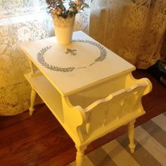 Vintage Table, Wood End Table, Coffee Table, Painted End Table, Shabby Chic…