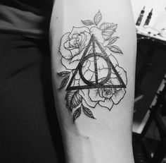 Tattoo tatuagem HP Harry Potter Relíquias da morte Deathey Hallows tumblr masculino feminino Male female